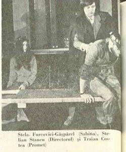 Cotele – imagine din spectacolul Cotele apelor Dunării, Teatrul Municipal - Turda – 17.09.1977, sursa foto: Revista Teatrul, Nr. 10/1977, pp. 58-59