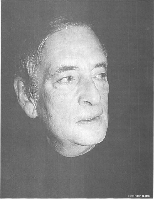 """Csíky András Sursă foto: Constantin Paraschivescu, Csiky András: """"În teatru se cer sacrificii"""" în revista Teatrul azi nr. 7,8,9/2000, p. 34-36. https://biblioteca-digitala.ro/?articol=53569-csiky-andras-in-teatru-se-cer-sacrificii"""