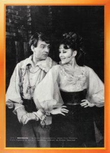 2. Mandragora, regia Dinu Cernescu, 1970, Teatrul de Comedie Bucureşti (https://a10ro.s3.amazonaws.com/Lot/10097/main-image.jpg);