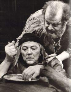 """Spectacolul """"Henrich IV"""" la Ärhus Teater"""