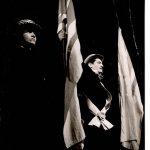 Caragiale – lonescu Cinci schiţe (dramatizare de Valeriu Moisescu după de I.L. Caragiale) şi Cântăreaţa cheală de Eugen lonescu, regia Valeriu Moisescu, 1965, Teatrul Mic Bucureşti (sursa foto: Arhiva Teatrului Mic)