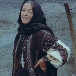 Dincolo de pod, 1976, Regia Mircea Veroiu, o producție a Casei de Filme Unu