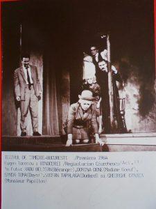 """Teatrul de Comedie """"Rinocerii"""" de E. Ionescu"""