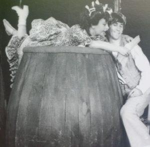 SANDA TOMA și GEORGE MIHAITA in O NOAPTE FURTUNOASA