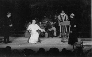 Vicarul, regia Radu Penciulescu, sursa foto: Teatrul Bulandra