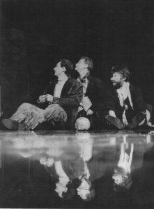 Scena din Hamlet, regia Alexandru Tocilescu, Teatrul Bulandra